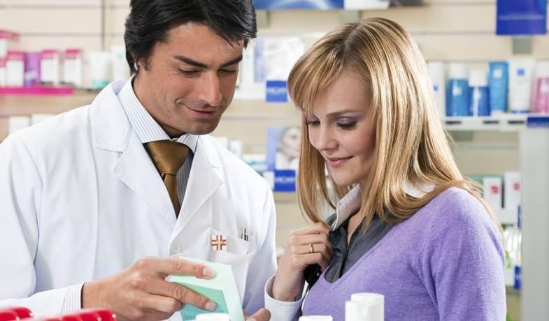 Schluckstörung (Dysphagie): Ursachen in der Speiseröhre   Apotheken Umschau